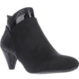 Karen Scott Cahleb Black Dress Booties Size 6 NWB